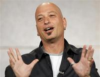 """<p>Host Howie Mandel gestures at the panel for the NBC television show """"Deal Or No Deal"""" at the """"Television Critics Association"""" summer 2006 media tour in Pasadena, California in this July 22, 2006 file photo. Mandel says a trip to the hospital this week came after doctors zapped his heart to deal with an irregular heartbeat, but that he is back to normal. REUTERS/Mario Anzuoni/Files</p>"""