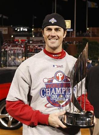 World Series MVP Hamels extends Phillies contract | Reuters com