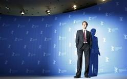 <p>British actor Clive Owen poses during a photocall to promote the movie 'The International' of the 59th Berlinale film festival in Berlin February 5, 2009. REUTERS/Johannes Eisele</p>