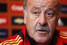 <p>Vicente del Bosque, técnico da seleção espanhola, convoca Gerad Pique e Sergio Busquets, do Barcelona, para o amistoso da próxima semana contra a Inglaterra, em Sevilha. REUTERS/Francois Lenoir</p>