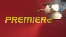 <p>La perte de Premiere a été plus marquée que prévu au 4e trimestre en raison d'une hausse des coûts et le groupe de télévision à péage allemand prévoit que ses comptes de 2009 soient dans le rouge. /Photo d'archives/REUTERS/Alexandra Beier</p>