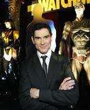"""<p>O ator Billy Crudup na festa de lançamento do filme """"Watchmen"""", em Hollywood. Os criadores de """"Watchmen"""" descrevem o filme como uma versão nova e psicologicamente complexa do gênero dos filmes sobre super-heróis, mas esperam que ele conquiste as bilheterias do mesmo modo como vêm fazendo os filmes convencionais baseados em super-heróis de quadrinhos. REUTERS/Mario Anzuoni (ESTADOS UNIDOS)</p>"""