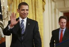 <p>President Barack Obama (L) and Treasury Secretary Timothy Geithner arrive in the East Room of the White House in Washington March 16, 2009 to make announcements on helping small business during the economic crisis. REUTERS/Jason Reed</p>