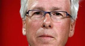 <p>Liberal leader Stephane Dion listens to a question during a news conference in Ottawa in this August 19, 2008 file photo. REUTERS/Chris Wattie/Files</p>
