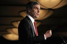 <p>Liberal leader Michael Ignatieff speaks to the Edmonton Chamber of Commerce during a luncheon in Edmonton February 27, 2009. REUTERS/Dan Riedlhuber</p>