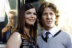 "<p>Cast member Jeanne Tripplehorn and her husband Leland Orser pose at the premiere of the HBO original series ""Big Love"" at the Cinerama Dome in Hollywood, California June 7, 2007. REUTERS/Mario Anzuoni</p>"