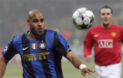 <p>Atacante Adriano da Inter de Milão durante jogo contra o Manchester. 24/02/2009. REUTERS/Alessandro Bianchi</p>