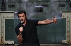 """<p>El actor australiano Hugh Jackman responde una pregunta durante un evento para la película """"X-Men Origins: Wolverine"""" en Cockatoo Island en Sidney. Abril 8, 2009. REUTERS/Daniel Munoz (CINE JACKMAN)</p>"""