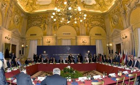 A general view of the G7 finance ministers and central bank governors meeting in Rome February 14, 2009. REUTERS/Tony Gentile