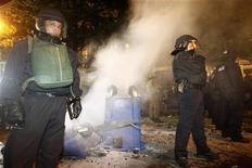<p>Gli scontri della notte a Berlino REUTERS/Fabrizio Bensch</p>