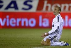 <p>Il calciatore del Real Madrid e della nazionale italiana Fabio Cannavaro. REUTERS/Felix Ordonez (SPAIN)</p>