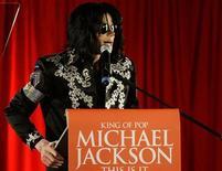 <p>Michael Jackson il giorno dell'annuncia dei nuovi concerti a Londra. REUTERS/Stefan Wermuth</p>