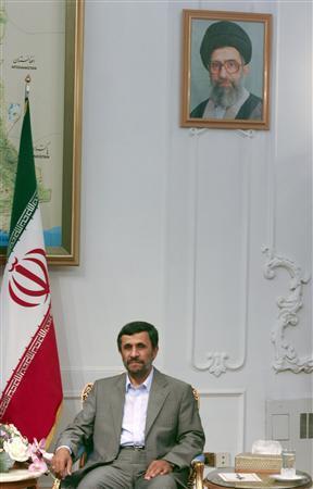 Iranian President Mahmoud Ahmadinejad looks on during an official meeting with Belarus Parliament speaker Semyon Sharetsky in Tehran June 24, 2009. REUTERS/Morteza Nikoubazl