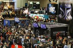 <p>Crowds attend the opening night at the 39th annual Comic Con Convention in San Diego, California July 23, 2008. REUTERS/Mike Blake</p>