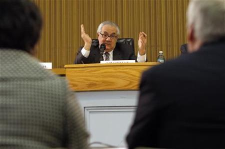 Representative Barney Frank, chairman of the House Financial Services Committee, holds a field hearing entitled ''Seeking Solutions: Finding Credit for Small and Mid-Size Businesses in Massachusetts'' in Boston, Massachusetts March 23, 2009. REUTERS/Brian Snyder