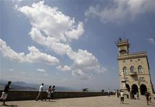 <p>A general view shows the government building in San Marino August 12, 2009. REUTERS/Stefano Rellandini</p>