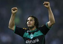 <p>Jogador Pizarro do Werder Bremen em Hamburgo. 07/05/2009. REUTERS/Ina Fassbender</p>