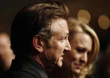 <p>Sean Penn e la moglie Robin Wright Penn. REUTERS/Lucas Jackson (UNITED STATES) (OSCARS-BALL)</p>