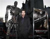 """<p>Foto de archivo del actor Christian Bale durante el estreno del filme """"Terminator Salvation"""" en el teatro chino de Hollywood, 14 mayo 2009. Foto de archivo del actor Christian Bale durante el estreno del filme """"Terminator Salvation"""" en el teatro chino de Hollywood, 14 mayo 2009 REUTERS/Danny Moloshok</p>"""