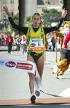 <p>Immagine d'archivio della maratoneta italiana Rosaria Console. REUTERS/Herwig Prammer PR/CRB</p>