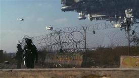 """<p>Cena do filme """"Distrito 9"""", que estreia nesta sexta-feira no Brasil. REUTERS/Sony International Pictures/Handout</p>"""