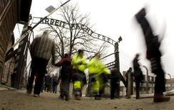 <p>L'ingresso di Auschwitz . REUTERS/Peter Andrews (POLAND)</p>
