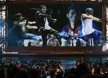 "<p>La preview del documentario di Michael Jackson ""This is It"" trasmessa durante gli ultimi Mtv Music Awards di New York. REUTERS/Gary Hershorn</p>"