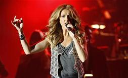 <p>Canadian singer Celine Dion performs at the Plains of Abraham in Quebec City August 22, 2008. REUTERS/Mathieu Belanger</p>
