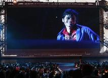 """<p>A preview of the Michael Jackson documentary """"This Is It"""" is seen at the 2009 MTV Video Music Awards in New York, September 13, 2009. REUTERS/Gary Hershorn</p>"""