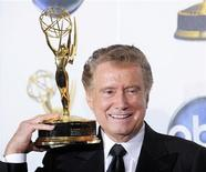 <p>Regis Philbin poses with his lifetime achievement award backstage at the 35th Annual Daytime Emmy Awards at the Kodak theatre in Hollywood, California June 20, 2008. REUTERS/Phil McCarten</p>