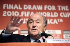 <p>Presidente da Fifa, Joseph Blatter, concede entrevista coletiva na Cidade do Cabo REUTERS/Rogan Ward</p>