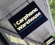 <p>Insegna di Carphone Warehouse in una foto d'archivio. REUTERS/Toby Melville</p>