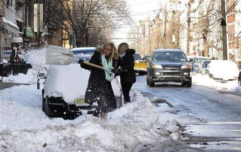 Winter storm blankets U.S.