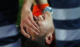 <p>Lesão do holandês Robin van Persie deve afastá-lo da Copa do Mundo (foto de arquivo). REUTERS/Max Rossi</p>