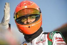 <p>Michael Schumacher, em foto de arquivo, terá prova de fogo em 2010 ao voltar à Fórmula 1, disse o seu ex-rival Damon Hill. REUTERS/Kirsten Neumann</p>