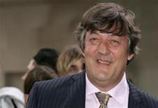 <p>Actor Stephen Fry arrives at the UK premiere of the Bourne Ultimatum in Leicester Square in London August 15, 2007. REUTERS/Luke MacGregor</p>