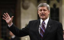 <p>Prime Minister Stephen Harper speaks during Question Period in the House of Commons on Parliament Hill in Ottawa in this December 9, 2009 file photo. REUTERS/Chris Wattie</p>