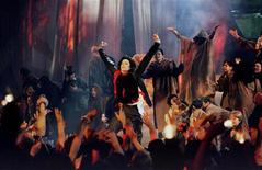 <p>Pop superstar Michael Jackson performs his Earth Song at the Brit Awards ceremony February 19, 1996.</p>