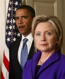<p>Hillary Clinton e Barack Obama in una foto d'archivio. REUTERS/Jim Young</p>