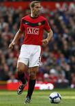 <p>O zagueiro Rio Ferdinand, do Manchester United, negou acusações de conduta violenta após um incidente na partida contra o Hull City, pelo Campeonato Inglês. (Foto Arquivo Reuters) REUTERS/Phil Noble 17/10/2009</p>