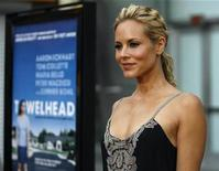 """<p>Cast member Maria Bello poses at the movie premiere of """"Towelhead"""" at the Arclight theatre in Los Angeles September 3, 2008. REUTERS/Mario Anzuoni</p>"""
