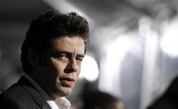 "<p>Cast member Benicio Del Toro attends the premiere of ""The Wolfman"" at the ArcLight theatre in Hollywood, California February 9, 2010. REUTERS/Mario Anzuoni</p>"