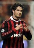<p>O brasileiro Alexandre Pato comemora após marcar gol do Milan contra a Udinese. 12/02/2010 REUTERS/Paolo Bona</p>