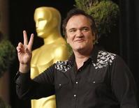 """<p>Кинорежиссер Квентин Тарантино в Беверли-Хиллз, Калифорния, 15 февраля 2010 года. Он завоевал репутацию, создавая фильмы на грани голливудских норм, но теперь, в 46 лет, с одним """"Оскаром"""" и возможностью выиграть еще один, Квентин Тарантино считает себя своим человеком в киноиндустрии. REUTERS/Mario Anzuoni</p>"""