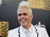 <p>Blogger Perez Hilton arrives at the 2009 American Music Awards in Los Angeles, California November 22, 2009. REUTERS/Danny Moloshok</p>
