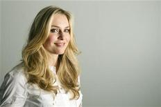 <p>Alpine ski racer Lindsey Vonn of the U.S. poses for a portrait in New York March 18, 2010. REUTERS/Lucas Jackson</p>