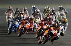 <p>Un'immagine del MotoGp di Doha. REUTERS/Fadi Al-Assaad</p>