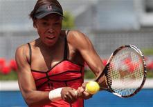 <p>A tenista norte-americana Venus Williams se classificou para a final do Aberto de Madri. 15/05/2010 REUTERS/Susana Vera</p>