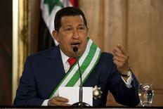 <p>Venezuela's President Hugo Chavez speaks during a meeting with his Syrian counterpart Bashar al-Assad at Miraflores Palace in Caracas June 26, 2010. REUTERS/Carlos Garcia Rawlins</p>