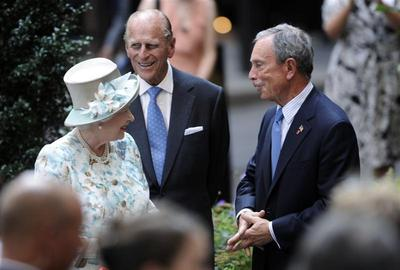 Queen visits NY